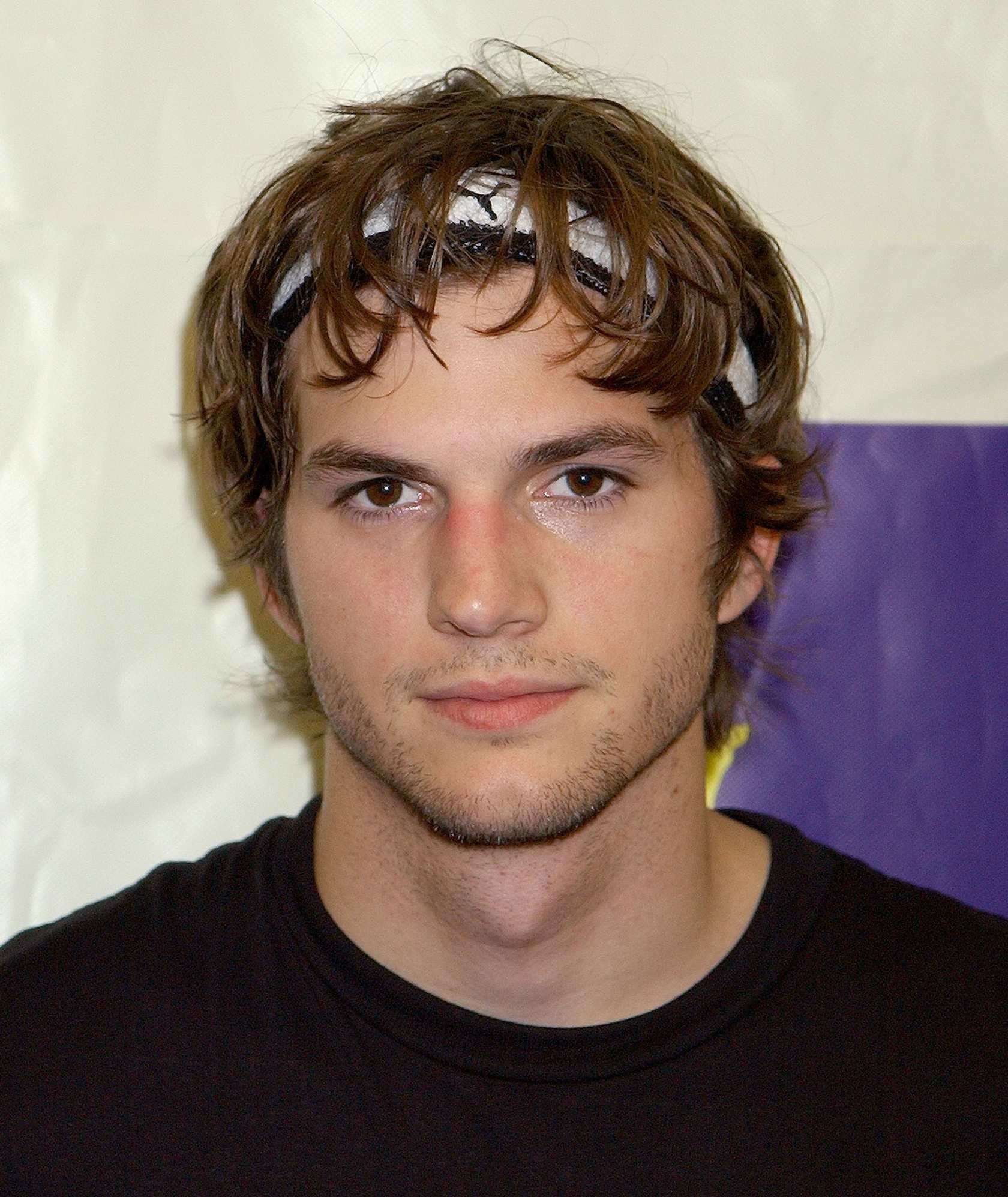 The Best Ashton Kutcher Hairstyle Hairstyles By Unixcode Pictures