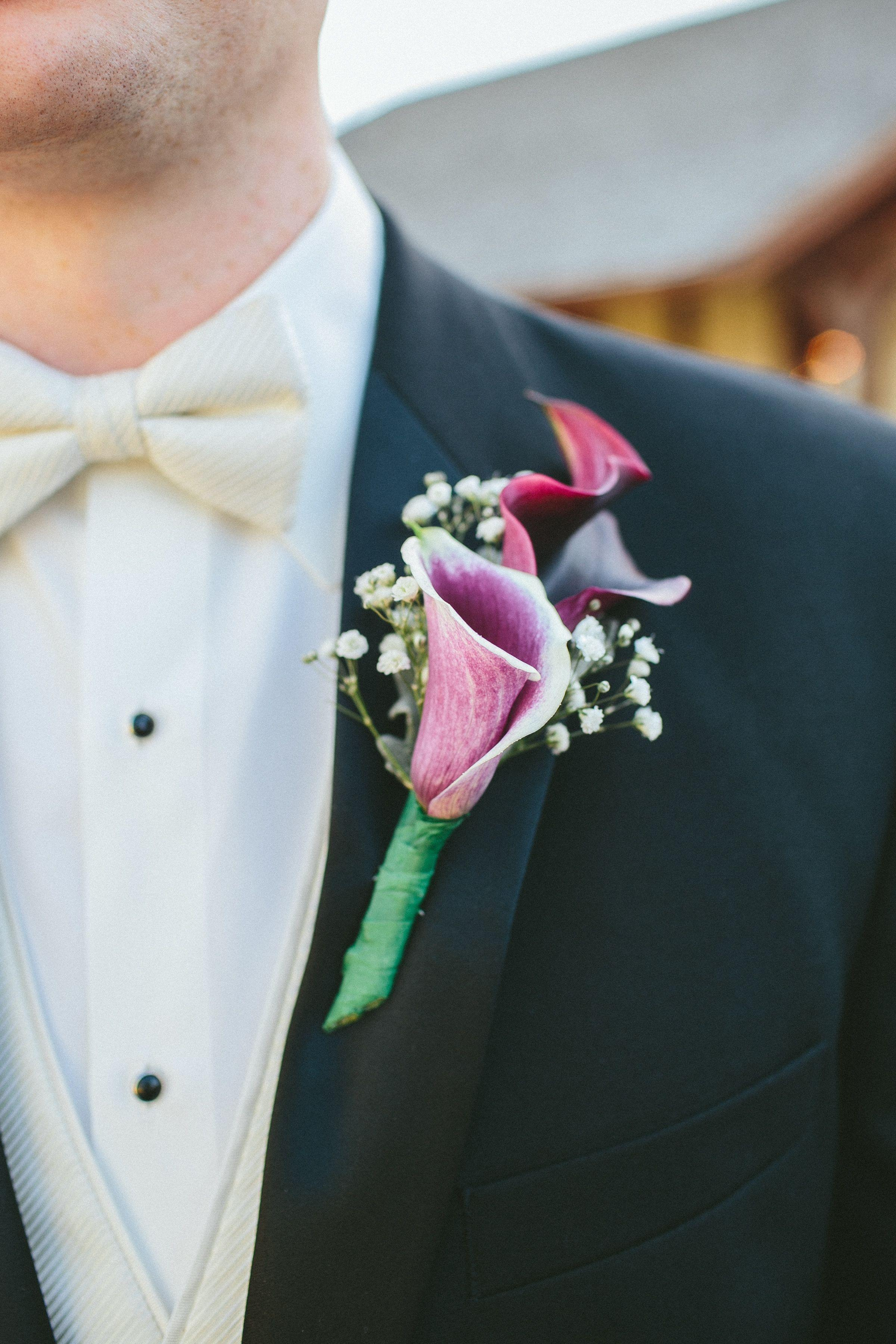 The Best Picasso Calla Lily Boutonniere Pictures