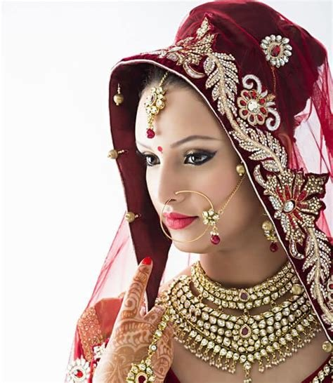 The Best 10 Indian Bridal Hairstyles To Wear At A Wedding Rewardme Pictures