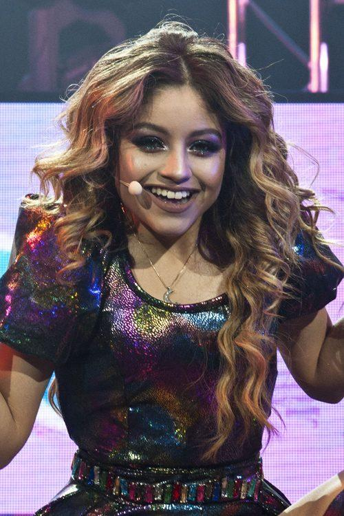 The Best Karol Sevilla S Hairstyles Hair Colors Steal Her Style Pictures