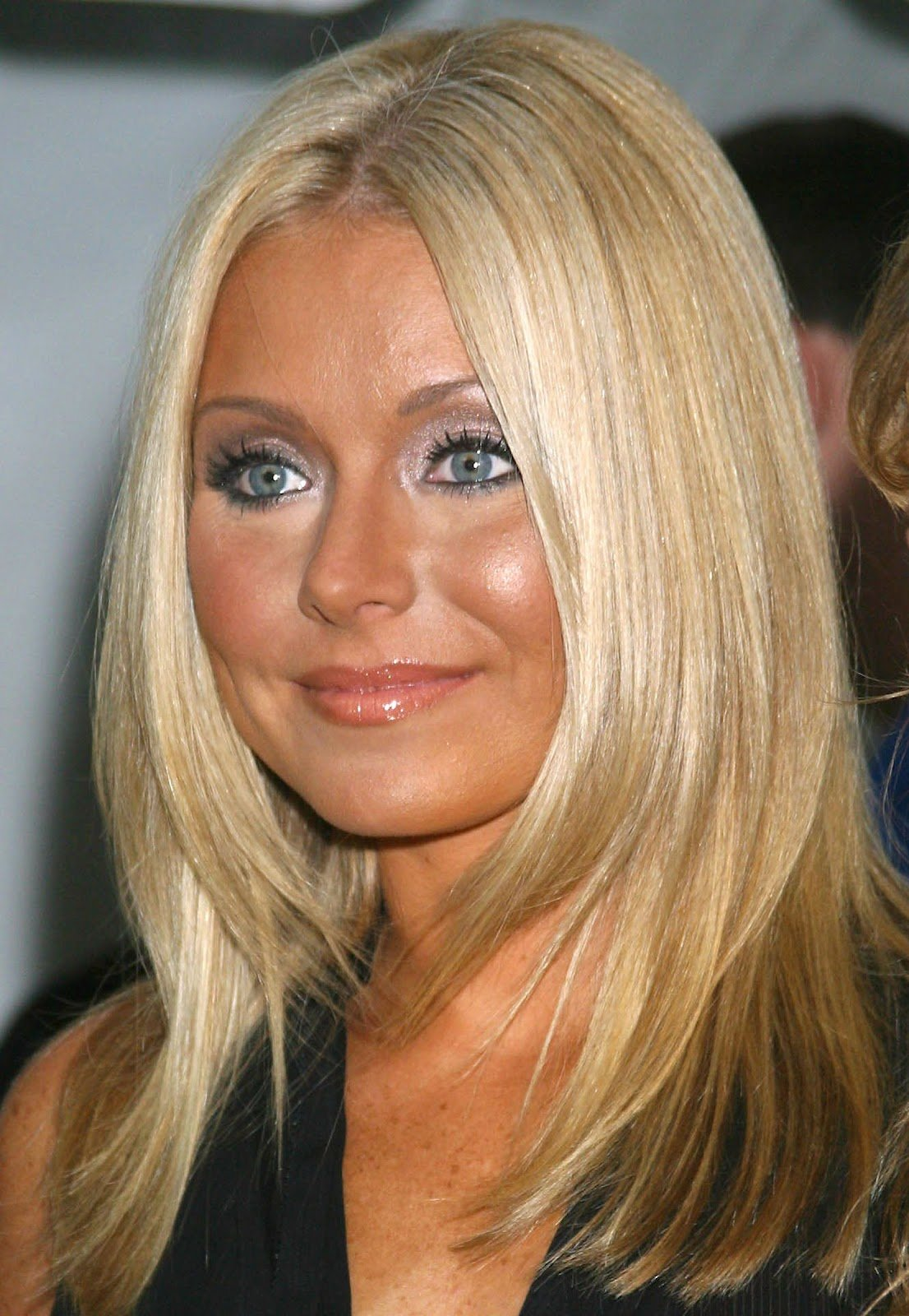 The Best Damon Cool Picture Kelly Ripa Cuts Her Hair Beauty Pictures