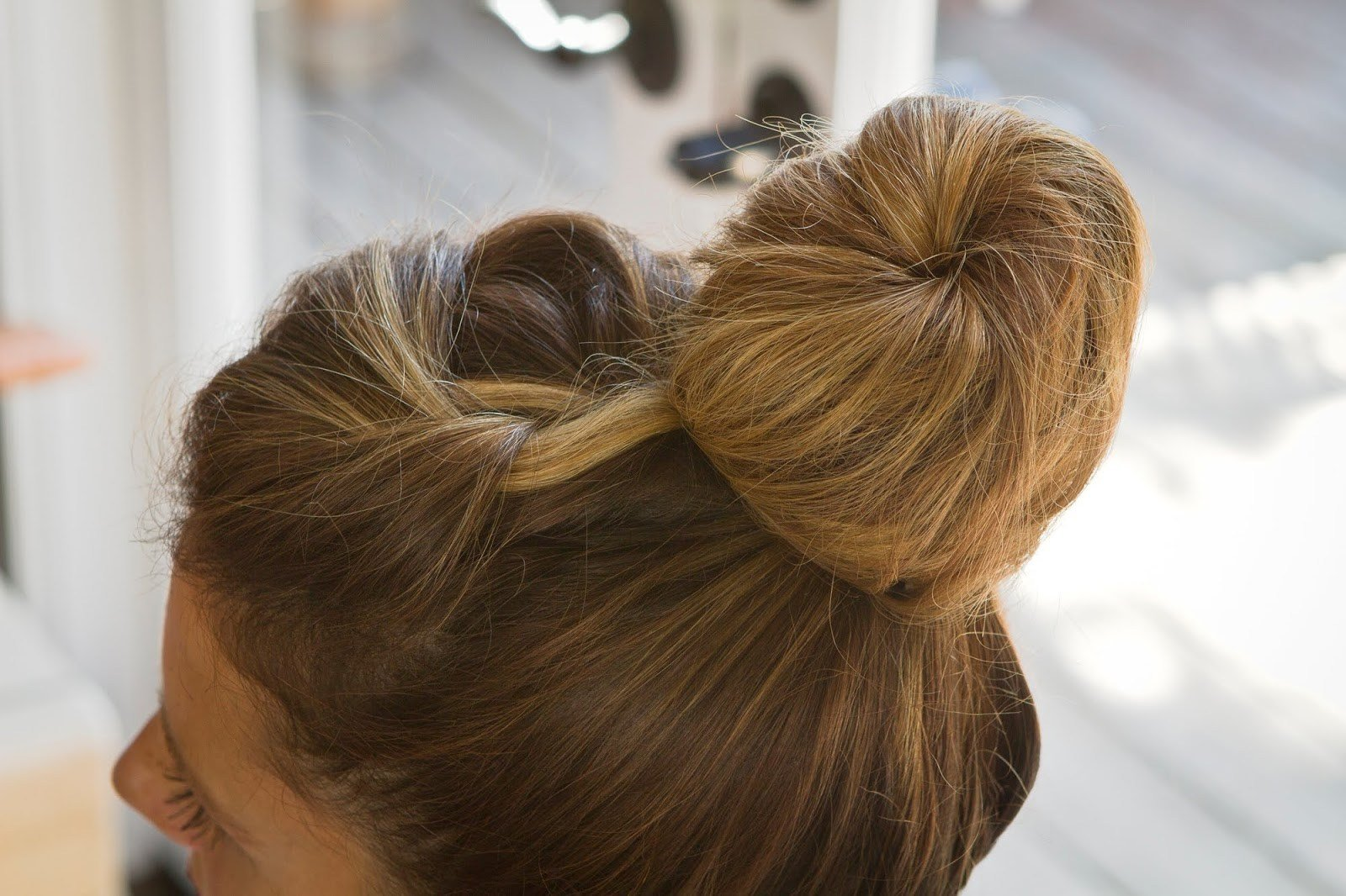 The Best 18 Interesting French Knot Hairstyles Hairstylo Pictures
