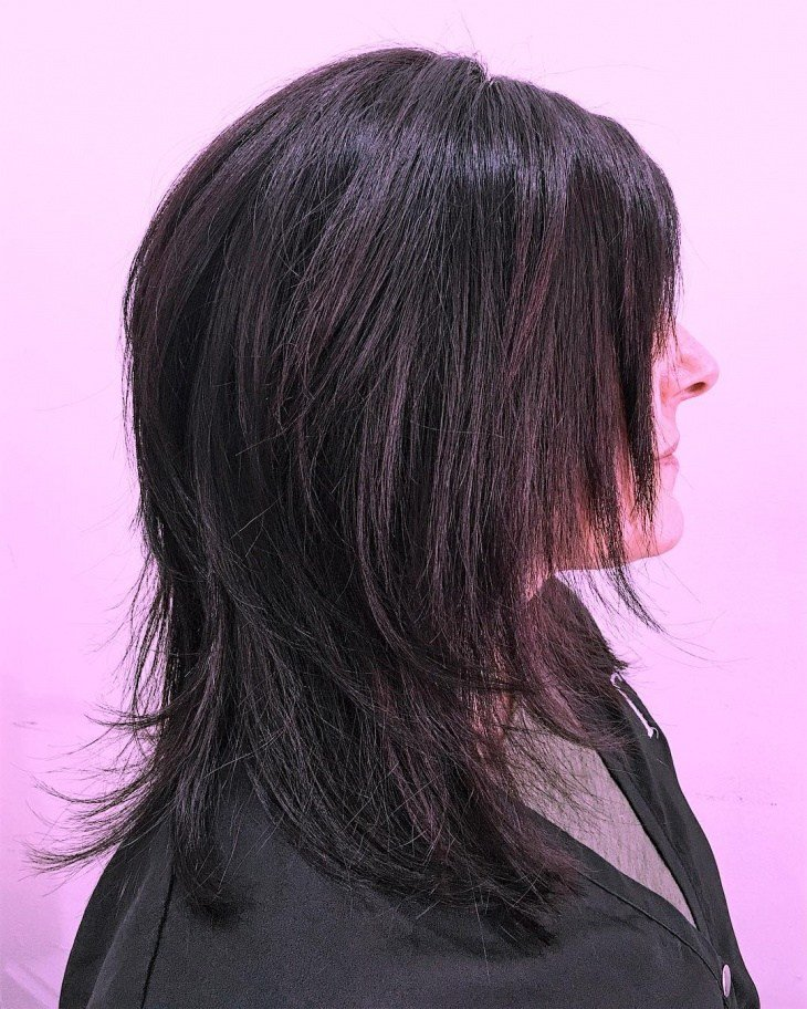 The Best 20 Medium Length Layered Haircut Ideas Designs Pictures