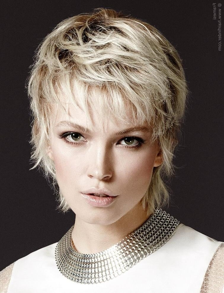 The Best How To Cut Wispy Layers In Short Hair Pictures