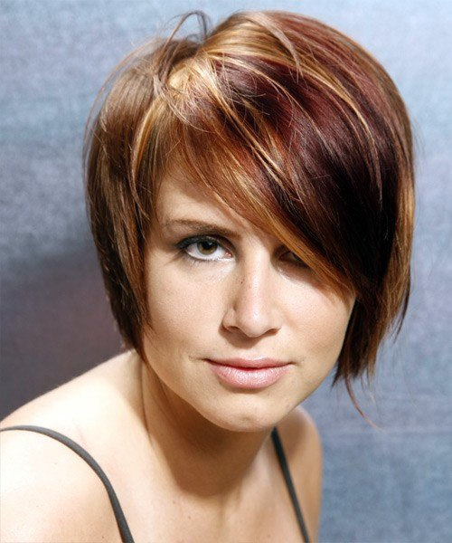 The Best Casual Short Straight Hairstyle With Side Swept Bangs Pictures