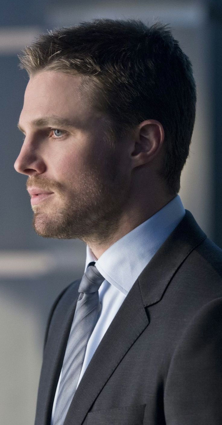 The Best Arrow Deathstroke Oliver Queen Mens Short Haircuts Pictures
