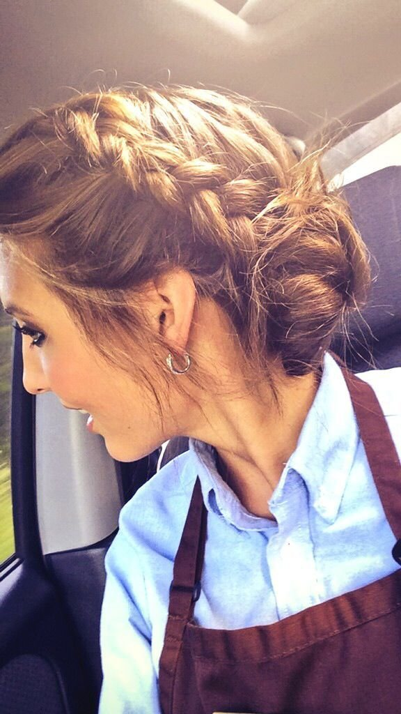 The Best 17 Best Ideas About Waitress Hair On Pinterest Waitress Pictures