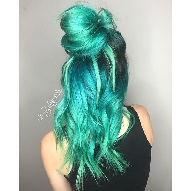 The Best 1000 Ideas About Blue Hair Colors On Pinterest Dark Pictures