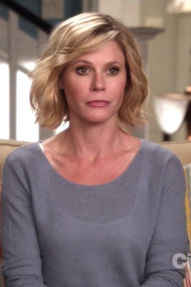 The Best 43 Best Images About Modern Family Claire Julie Bowen On Pictures