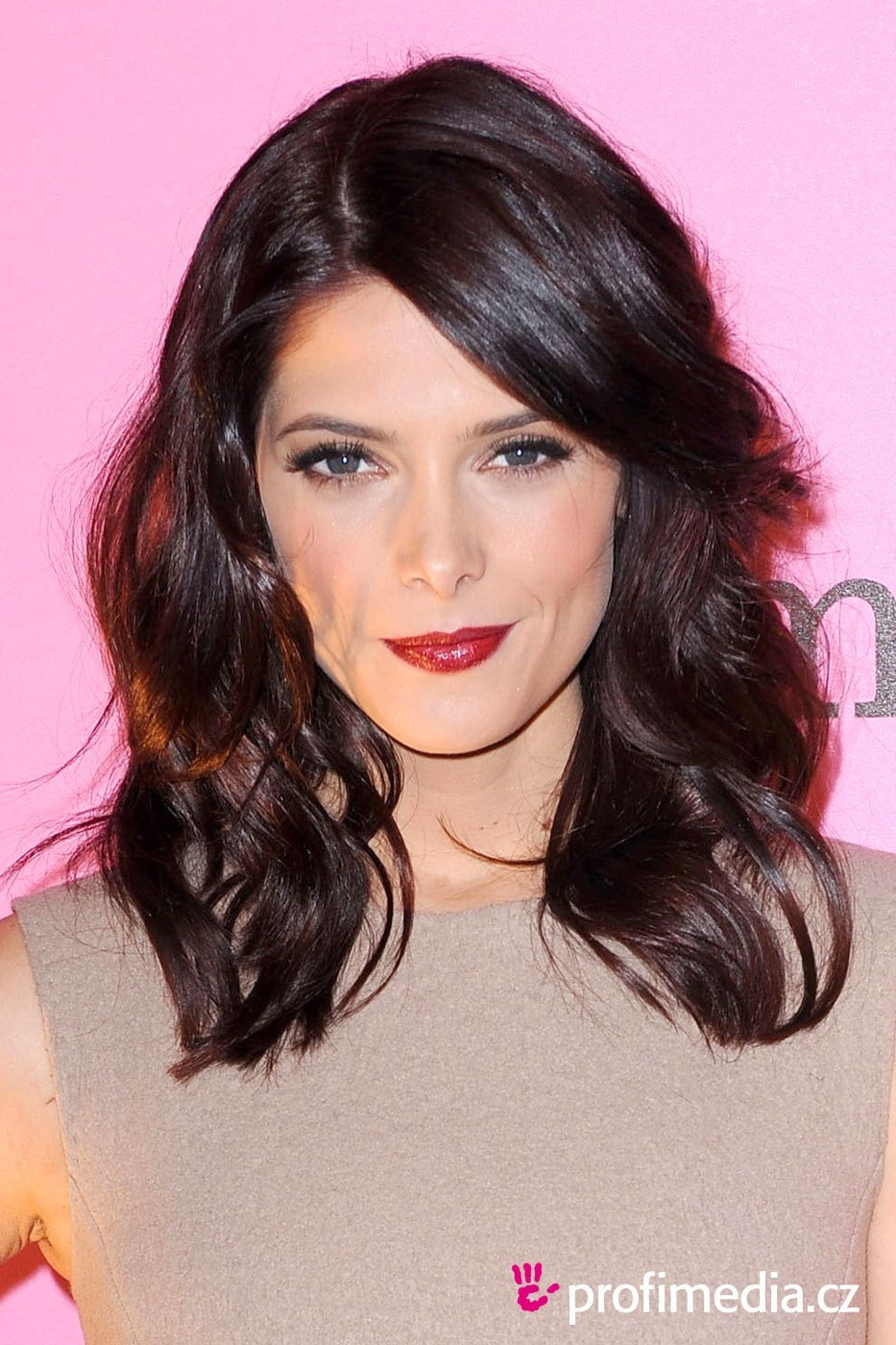 The Best Ashley Greene Hairstyle Easyhairstyler Pictures