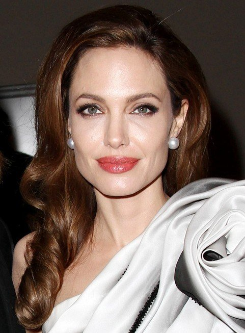The Best 33 Angelina Jolie Hairstyles Angelina Jolie Hair Pictures