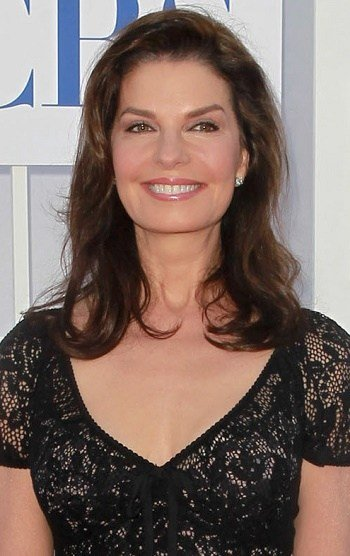 The Best Hairstyles Sela Ward Medium Beachy Hairstyle Pictures