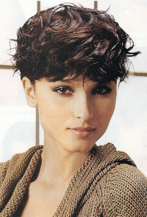 The Best Short Wavy Haircuts For Women 2012 2013 Short Pictures