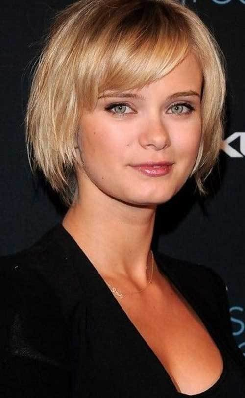 The Best 15 Short Straight Hairstyles For Round Faces Short Pictures