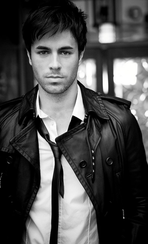 The Best Enrique Iglesias Hairstyles Pictures