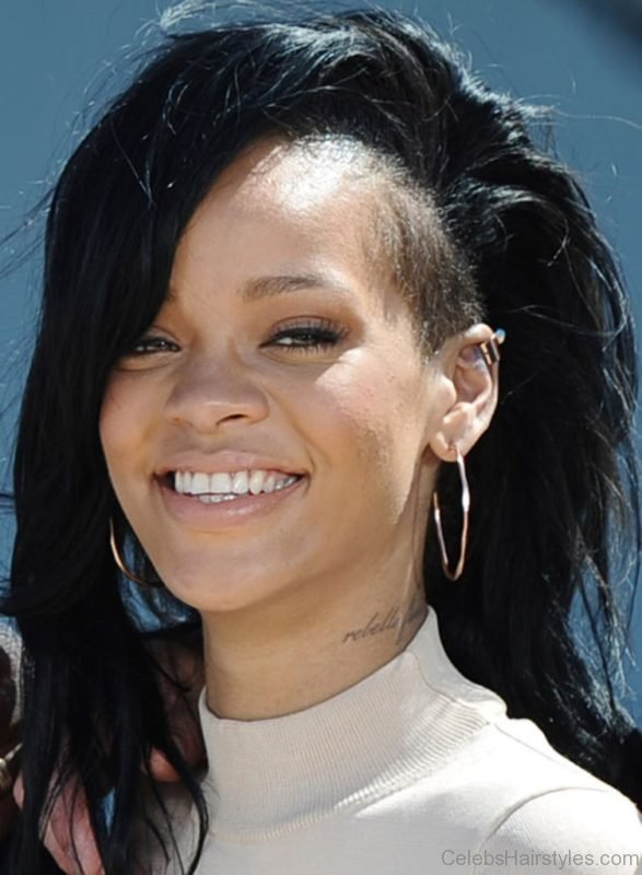 The Best 55 Attractive Hairstyles Of Rihanna Pictures