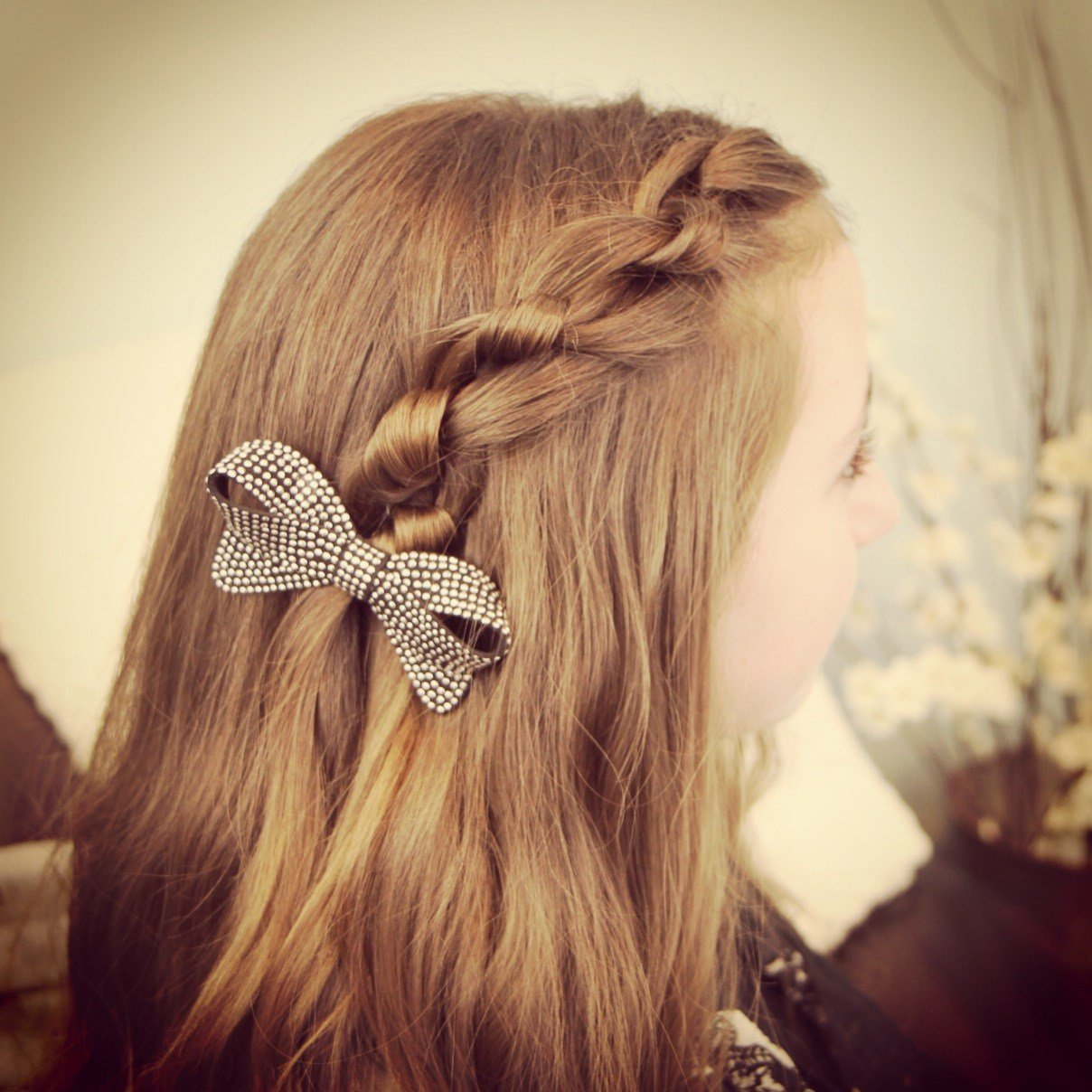 The Best Knotted Pullback Easy Hairstyles Cute Girls Hairstyles Pictures