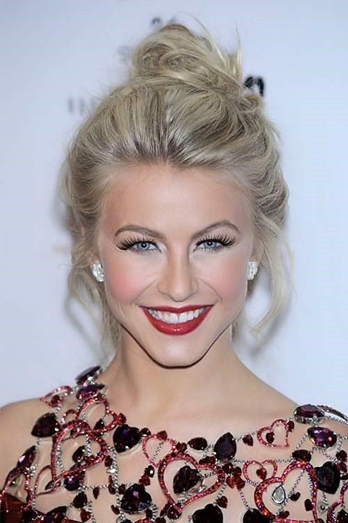The Best Top 10 Messy Bun Hairstyles Pictures