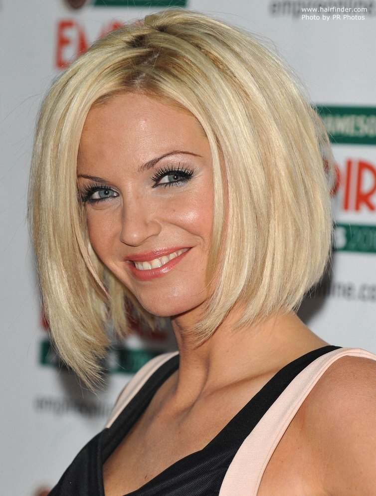 The Best Sarah Harding Bob Haircut With Sides That Fall Under The Pictures