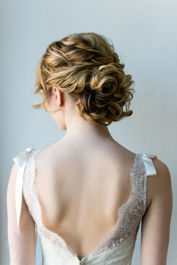 The Best 11 Messy Wedding Hair Updos Messy Wedding Hairstyles Pictures