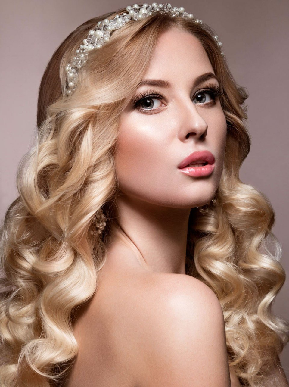 The Best Haircuts For Thin Long Hair Very Stylish Wedding Hairstyles For Long Hair 2018 2019 Haircuts Pictures