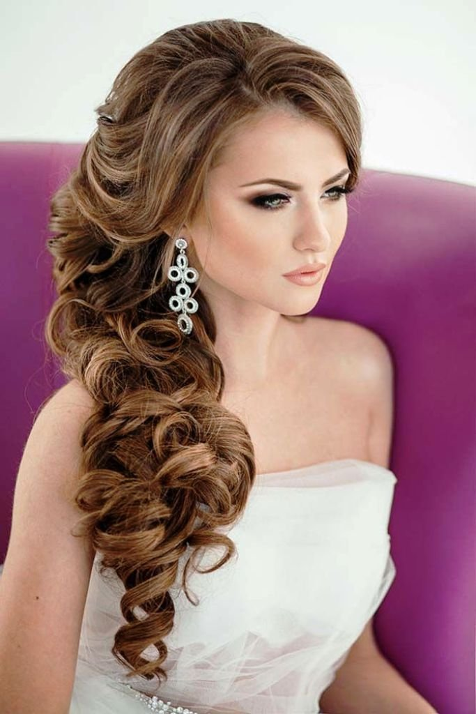 The Best 20 Mexican Hairstyles For Women To Try Elle Hairstyles Pictures