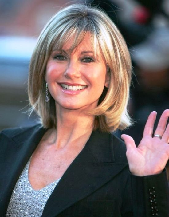 The Best Hairstyles For Women Over 50 With Bangs Elle Hairstyles Pictures