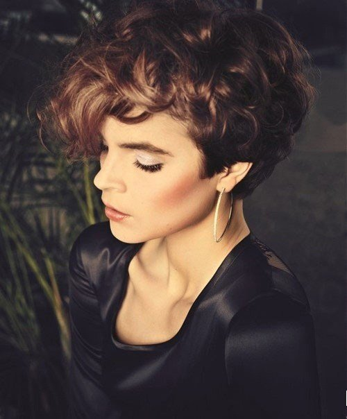 The Best Short Curly Hairstyles Sultry Sassy And S*Xy Fave Pictures