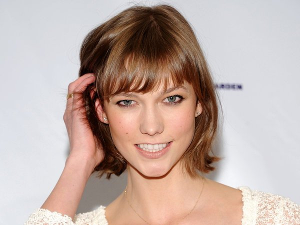 The Best The 'Karlie' Or 'Chop' Is The Haircut Of The Moment The Pictures