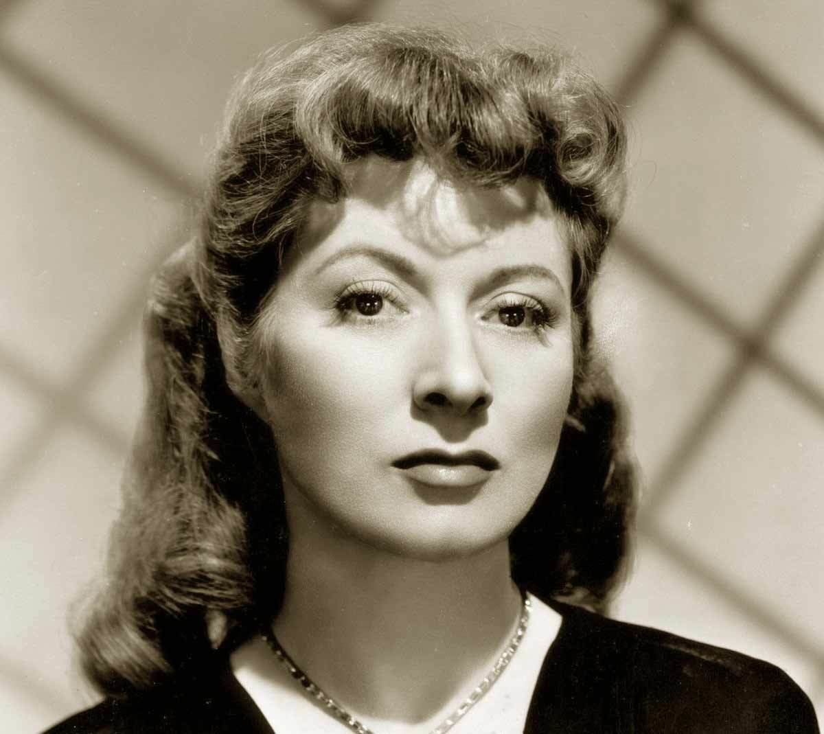 The Best 1940S Hairstyle – Copy The Top Hairdos Of 1941 Glamourdaze Pictures