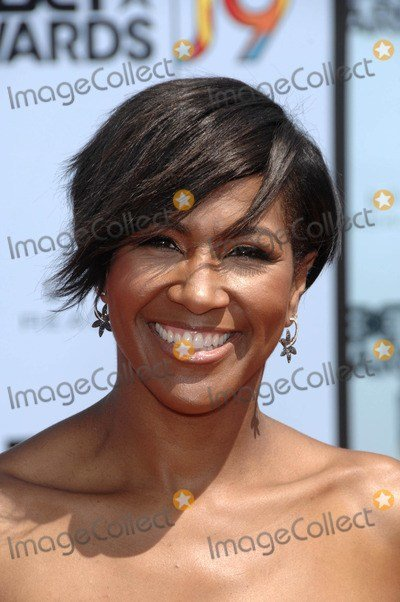 The Best Terri J Vaughn 2009 Bet Awards Arrivals Short Hairstyle 2013 Pictures