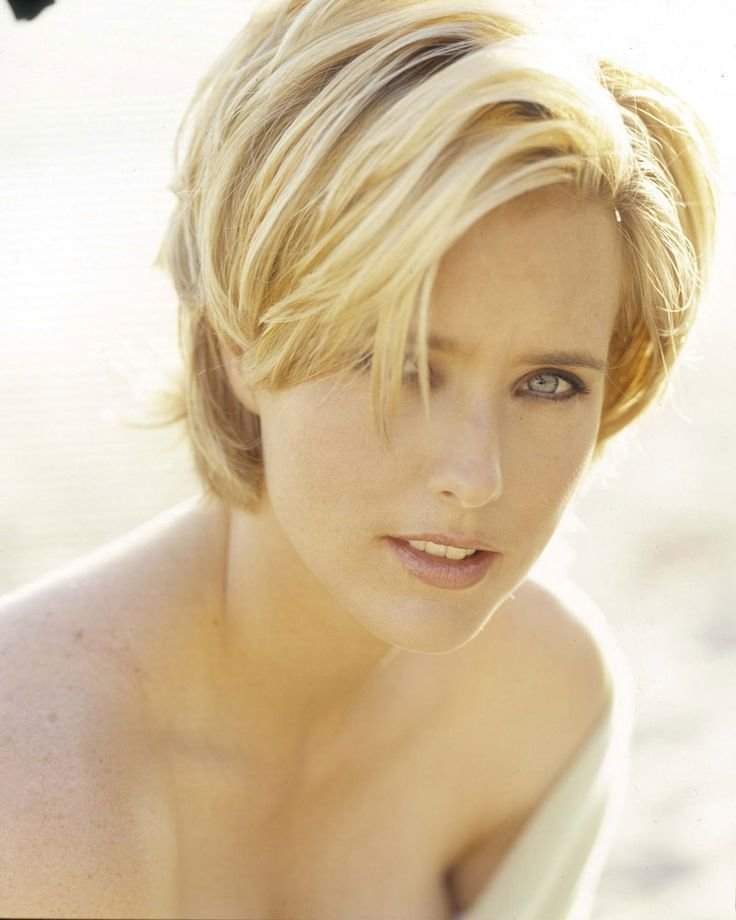 The Best Tea Leoni S Hairstyle Love That Hair Pinterest Pictures