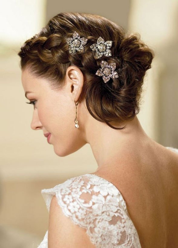 The Best 35 Charming Summer Wedding Hairstyles For Your Big Day Pictures