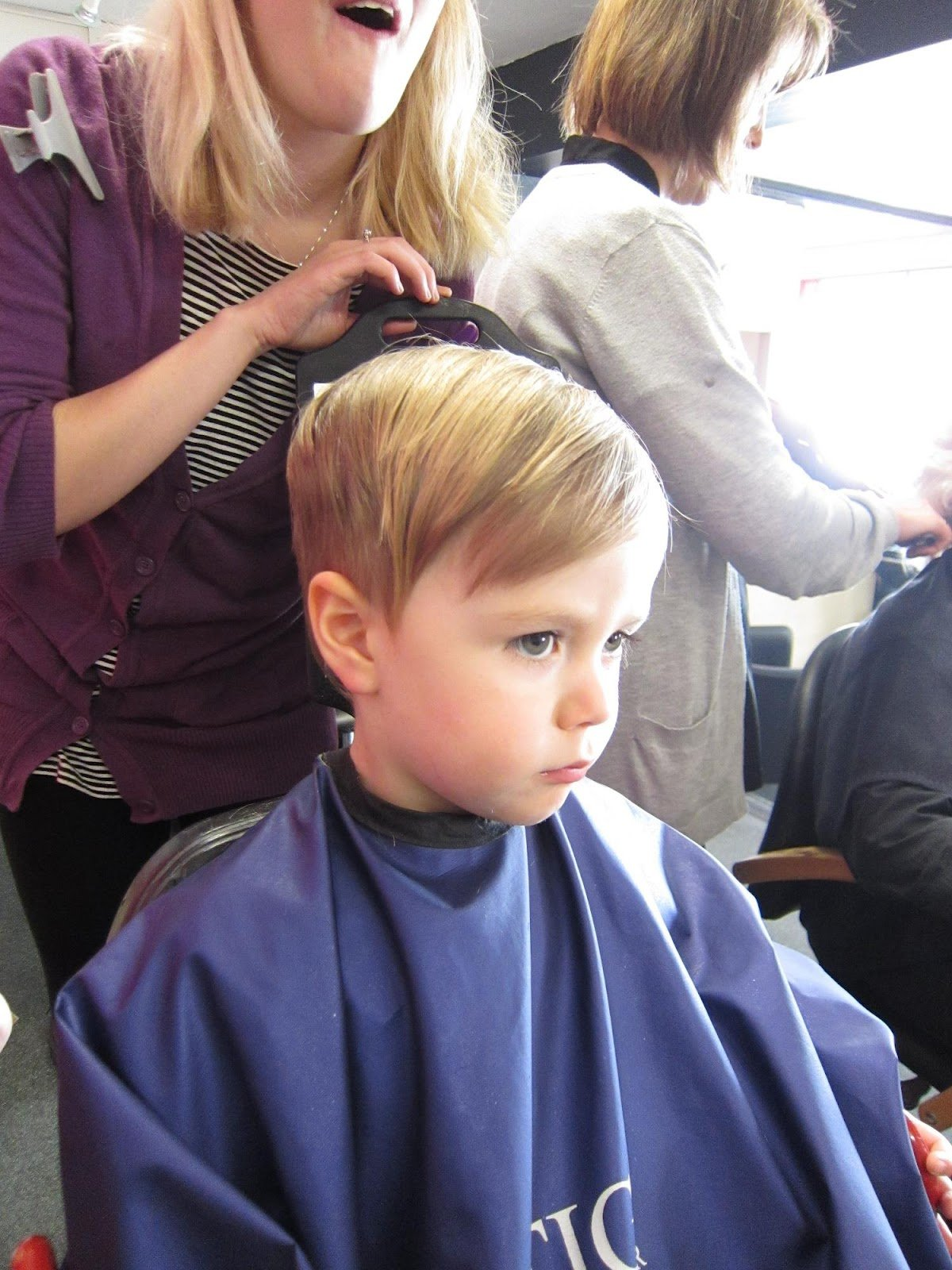The Best Inside The Wendy House Freddy S First Haircut Pictures