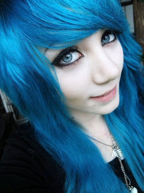 The Best Emo Haircuts For Ultra Chic Look Top And Trend Hairstyle Pictures