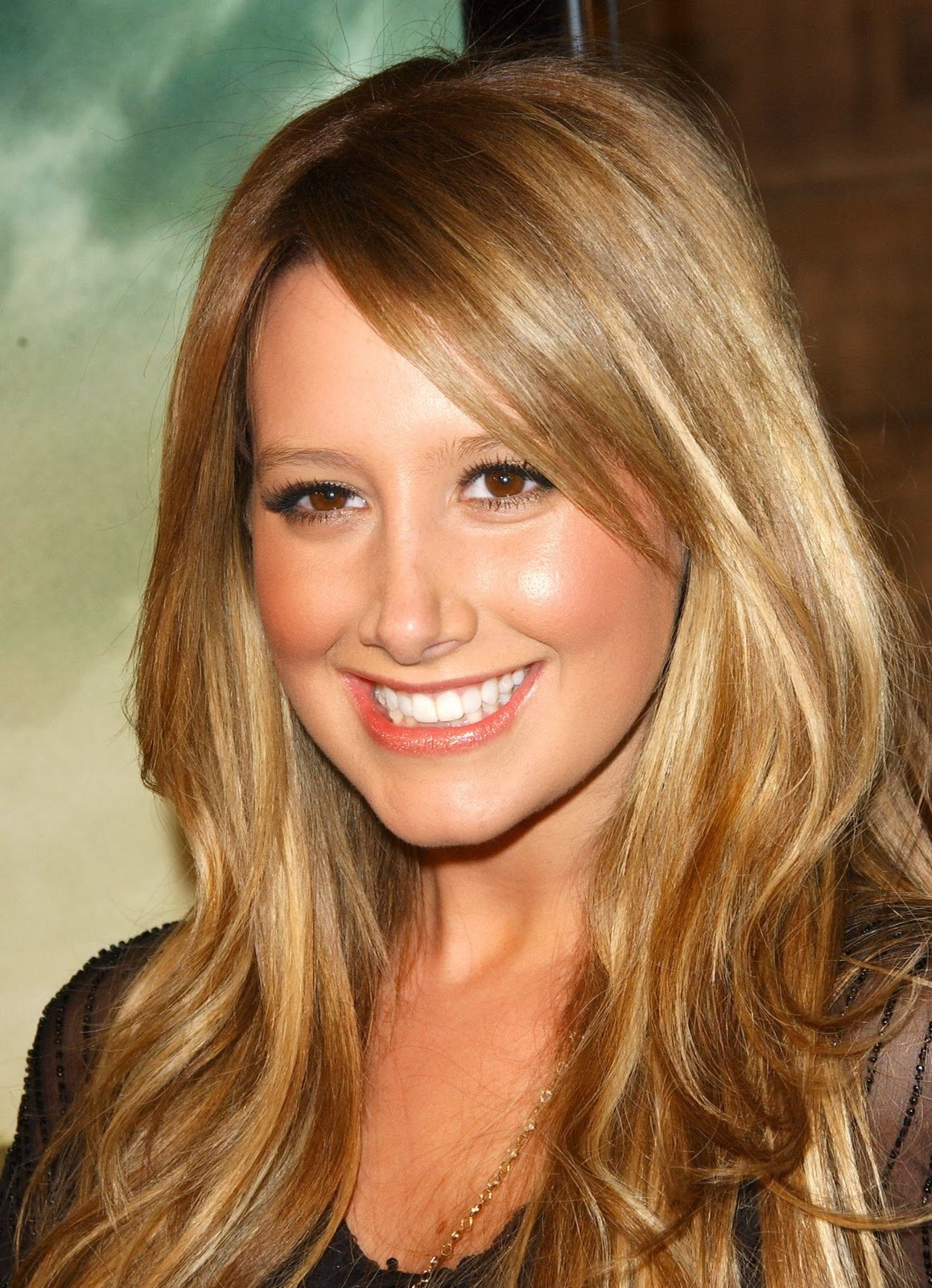 The Best Hairstyles For Long Hair Female Hair Fashion Style Pictures