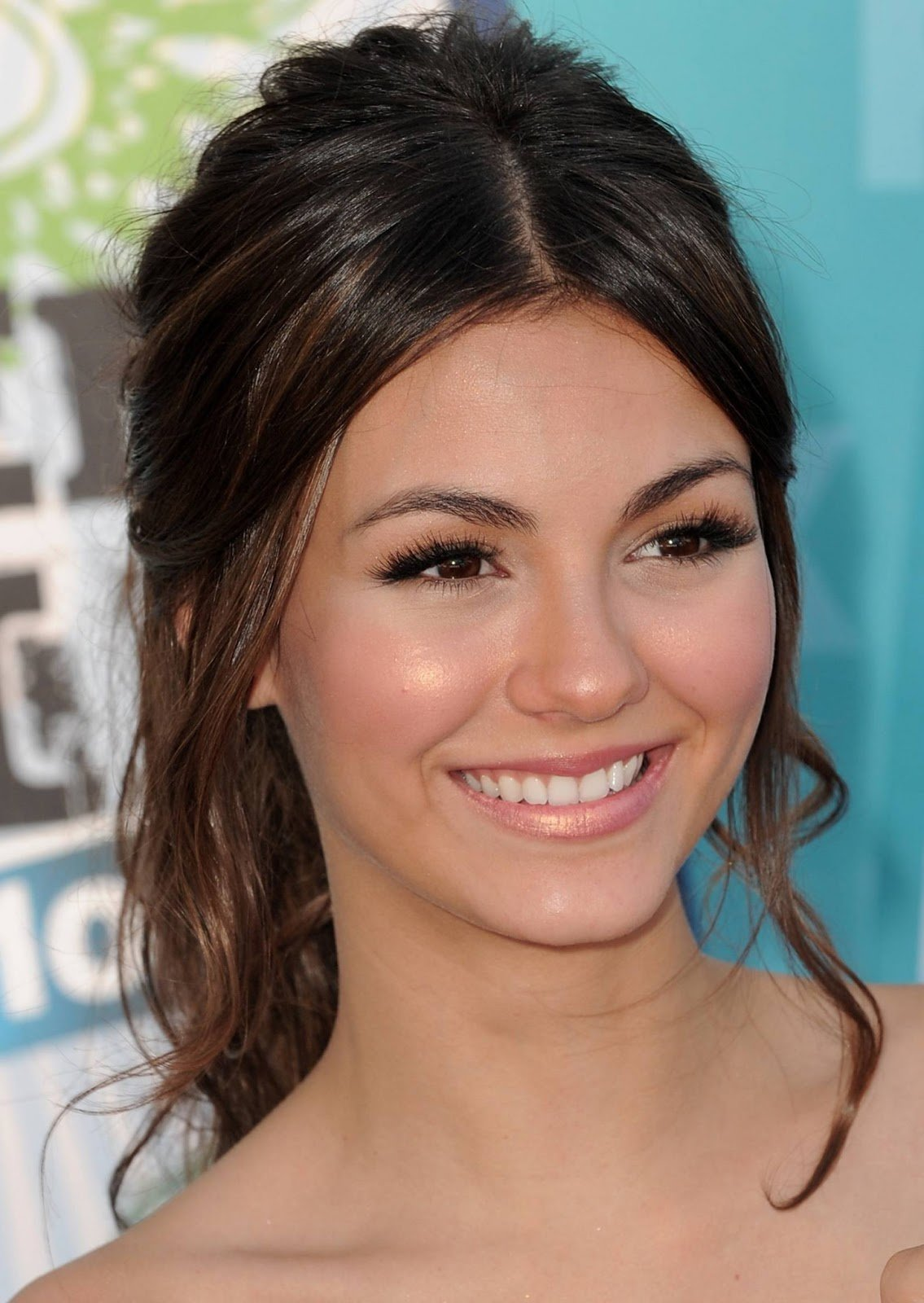 The Best Hairstyles For Long Hair Updos Homecoming Hairstyles Pictures