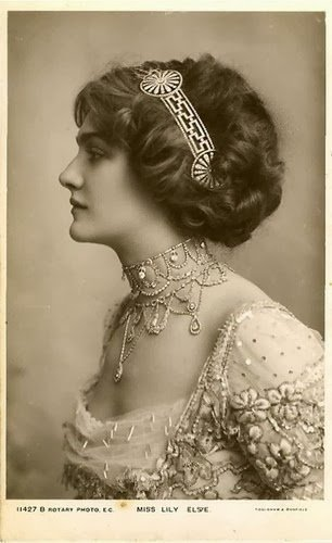 The Best Fashioning Nostalgia Early 1910 S Hairstyle Inspiration Pictures