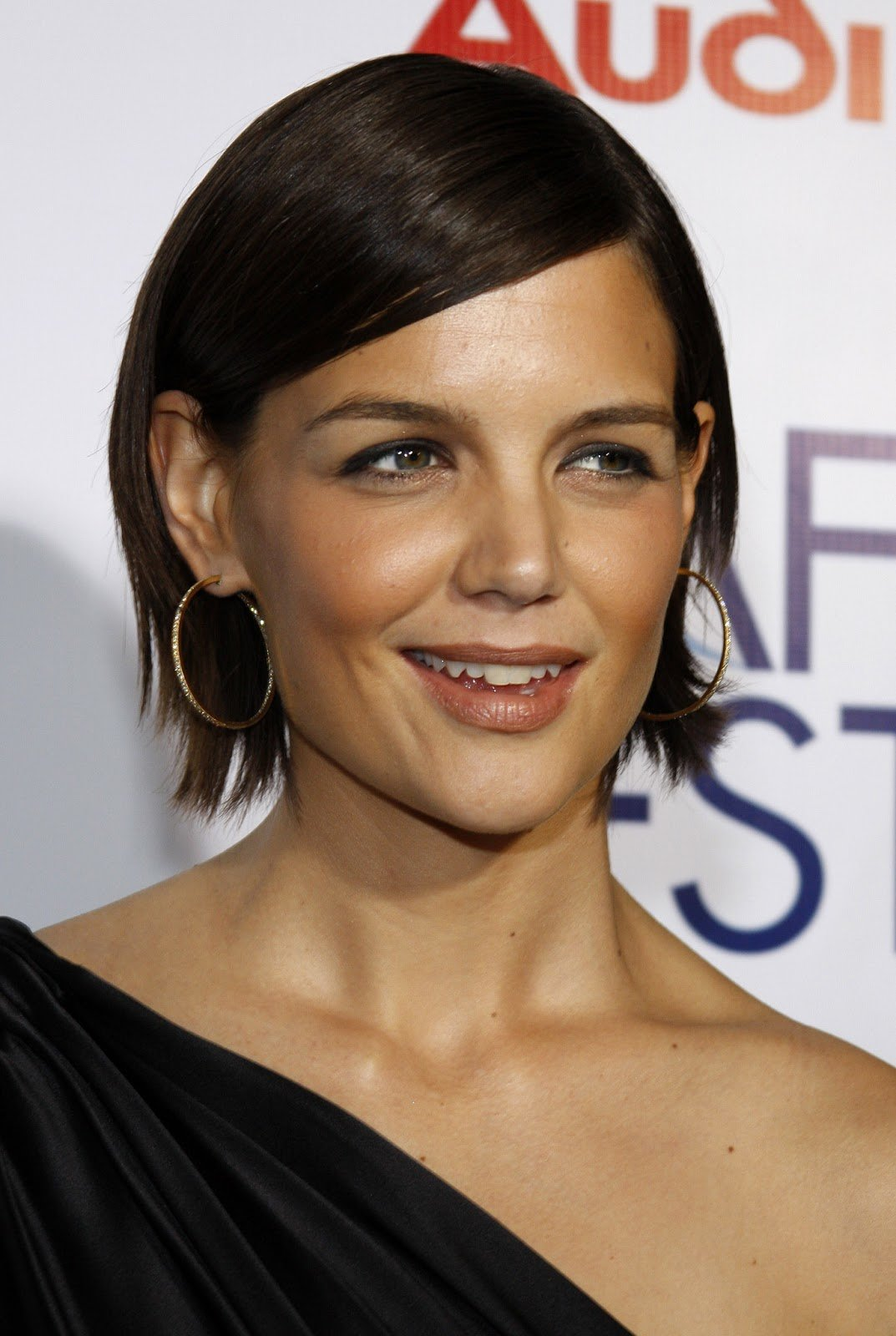 The Best Katie Holmes Long And Loose Hairstyles Hairstyles And Pictures