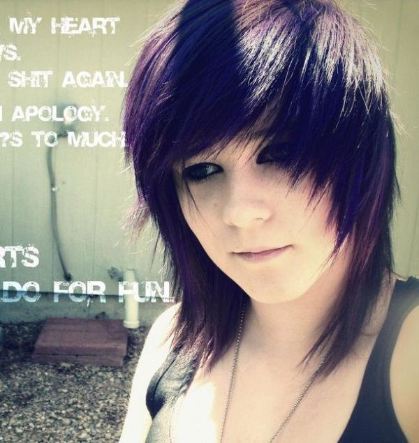 The Best 25 Groovy Short Emo Hairstyles Slodive Pictures