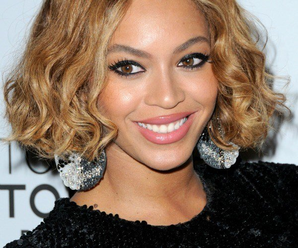 The Best Trend Talk Get The Blunt Black Bob Style Etcetera Pictures