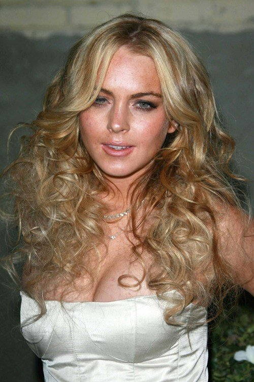 The Best Lindsay Lohan S Hairstyles Hair Colors Steal Her Style Pictures