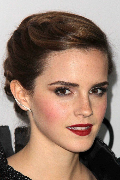 The Best Emma Watson S Hairstyles Hair Colors Steal Her Style Pictures