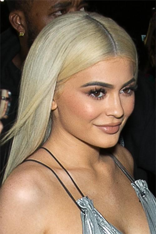 The Best Kylie Jenner S Hairstyles Hair Colors Steal Her Style Pictures