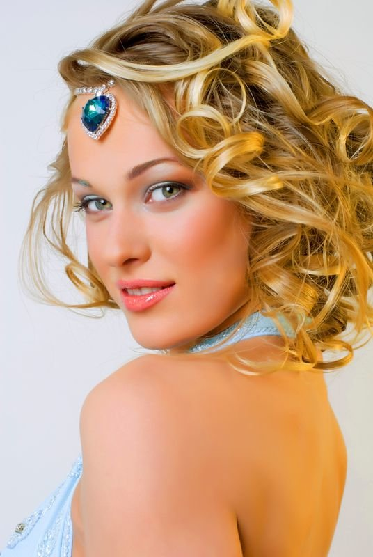 The Best Prom Hairstyles For Medium Length Hair 2013 Hair Style Pictures