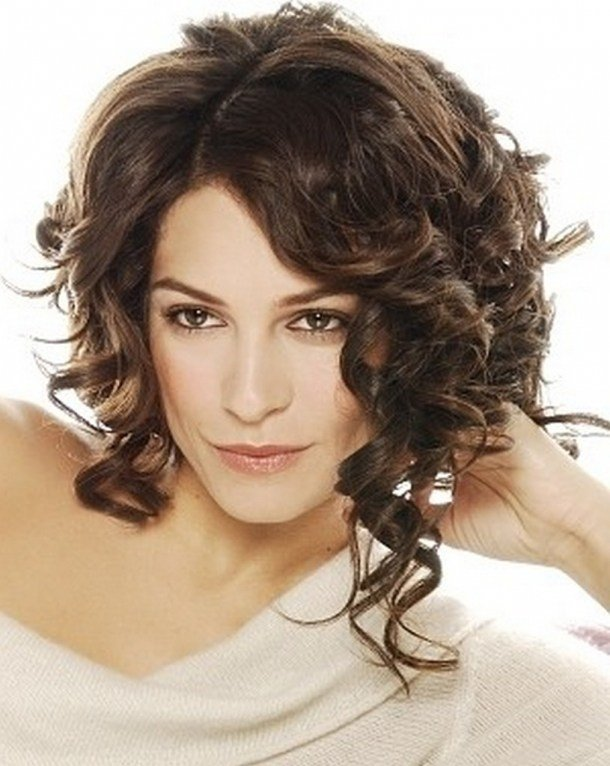 The Best Curly Bob Hairstyles Beautiful Hairstyles Pictures