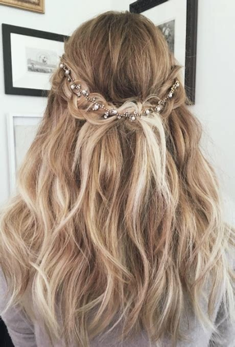 The Best Braided Headband Wedding Hairstyles Photos Brides Com Pictures