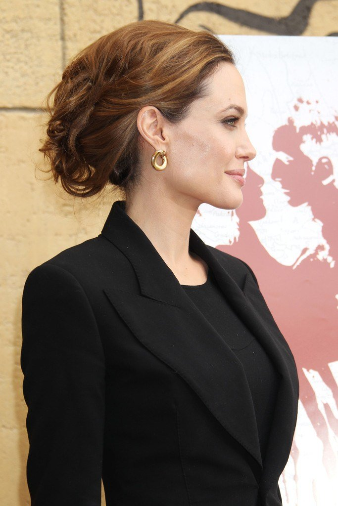 The Best Angelina Jolie Messy Updo Angelina Jolie Hair Looks Pictures