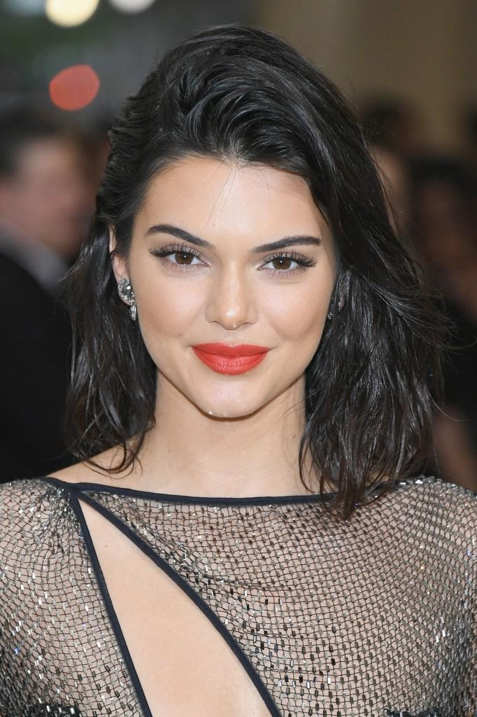 The Best Kendall Jenner Mid Length Bob Mid Length Bob Lookbook Pictures