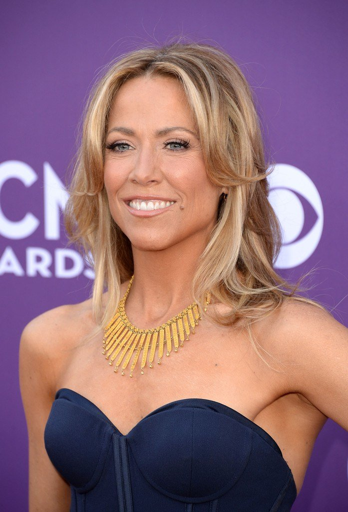 The Best Sheryl Crow Layered Cut Layered Cut Lookbook Stylebistro Pictures